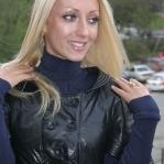 blond8